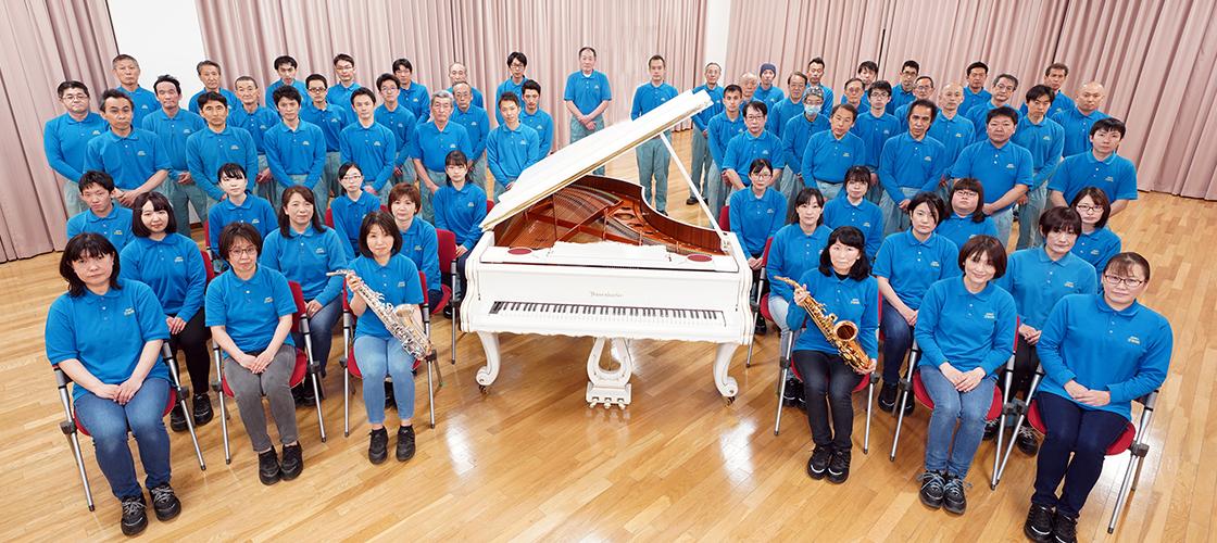 266, 266, 工房スタッフ集合写真, staff_img_06.jpg, 706882, https://www.shinwa-piano.jp/wp/wp-content/uploads/2021/06/staff_img_06.jpg, https://www.shinwa-piano.jp/top/staff_img_06/, , 3, , , staff_img_06, inherit, 132, 2021-06-29 04:43:50, 2021-08-24 08:05:44, 0, image/jpeg, image, jpeg, https://www.shinwa-piano.jp/wp/wp-includes/images/media/default.png, 1120, 500, Array。